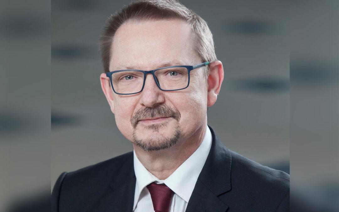 Jacek Krajewski: Rosyjska ruletka w POZ