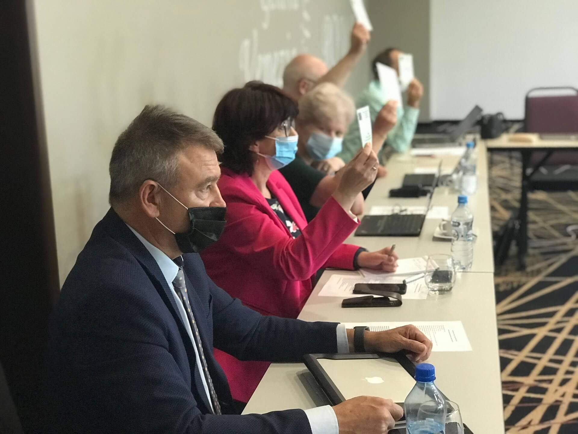 PZ o rozwiązaniach resortu zdrowia dot. jesiennej strategii walki z koronawirusem